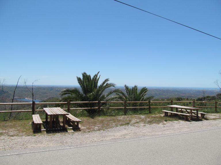 Parque merendas / Miradouro - Pedra Branca