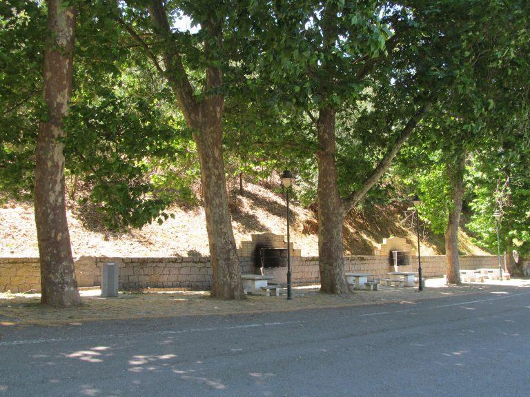 Parque merendas - Largo da Horta